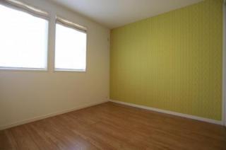 洋室にもオシャレなアクセントクロス♪爽やかな明るいお部屋です!