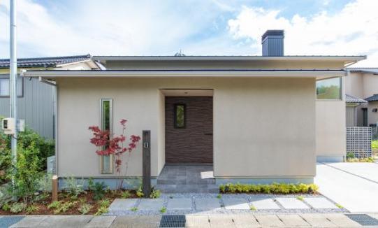 新しいスタイルの平屋分譲住宅